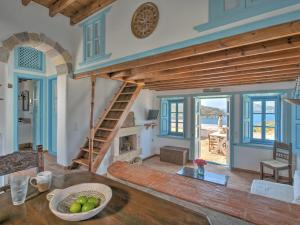 Eirini Luxury Hotel Villas, Виллы  Грикос - big - 22