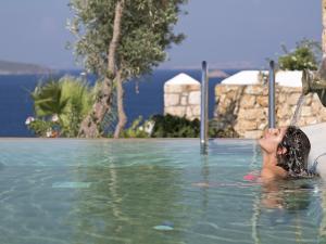 Eirini Luxury Hotel Villas, Ville  Grikos - big - 14