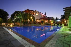 Castello Rosso Hotel - Caristo