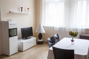 Downtown Apartments - Prague