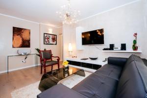 Suites One