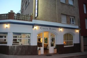 Hostal Costa Blava - Портбоу
