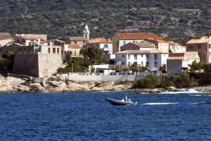 Location gîte, chambres d'hotes Hotel St Joseph dans le département Corse du Sud 2a