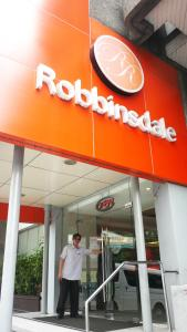 Robbinsdale Residences, Hotels  Manila - big - 50