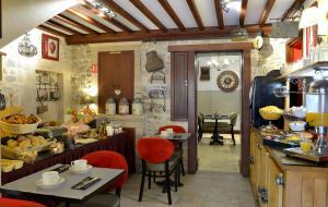 Hotel Reine Mathilde, Szállodák  Bayeux - big - 40