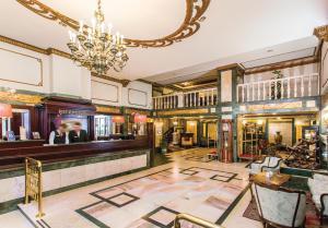 Danubius Hotel Astoria City Center (2 of 34)
