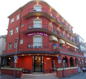 Hotel La Dolce Vita - AbcAlberghi.com