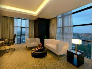 Radisson Blu Chattogram Bay View, Hotel  Chittagong - big - 33