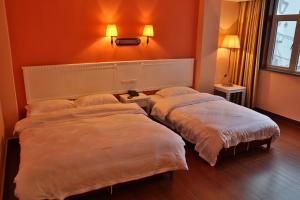 Lucy's Hotel, Отели  Яншо - big - 43