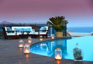 Temenos Luxury Suites