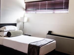 Belaire Suites Hotel, Hotely  Durban - big - 104