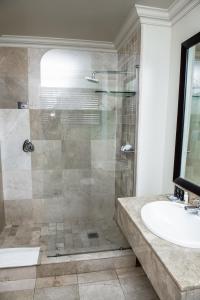 Belaire Suites Hotel, Hotely  Durban - big - 107