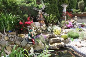 Villa Anastazis - Penzion Eden, Guest houses  Karlovy Vary - big - 173