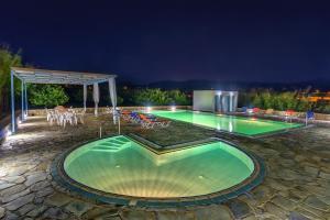 Hostales Baratos - Hotel Smaragdi Apartments