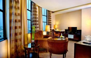 Grand Aston City Hall Hotel & Serviced Residences, Aparthotels  Medan - big - 23