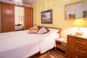 Apartment Dina, Apartmány  Malinska - big - 51
