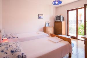 Apartment Dina, Appartamenti  Malinska - big - 27