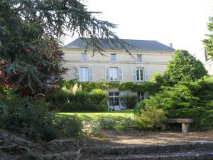 Location gîte, chambres d'hotes Le Chai De La Rose dans le département Maine et Loire 49
