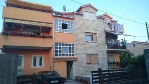 Apartment Radalj