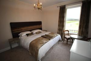Superior Double or Twin Room Parkside Hotel