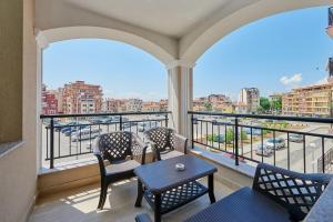 Evi Apartments 2, Apartmanok  Pomorie - big - 1