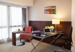 Somerset Grand Hanoi, Apartments  Hanoi - big - 29