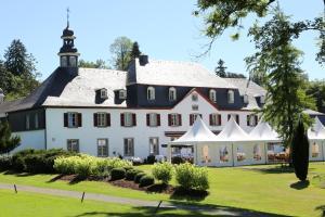 Hotel Schloss Auel - Krahwinkel