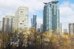 Whitehall Suites - Mississauga Furnished Apartments, Apartments  Mississauga - big - 23