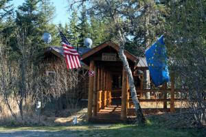 Moose Cabin - Ninilchik