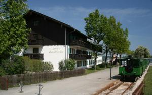 Hotel Restaurant Luitpold am See, Hotels  Prien am Chiemsee - big - 16
