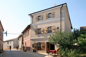 Kastel Pansion Comfort, Отели типа «постель и завтрак»  Kaštelir - big - 29