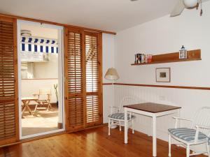 Antonio´s Apartment, Apartmanok  Sitges - big - 13