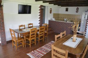 Rustic Argesean, Guest houses  Corbeni - big - 47