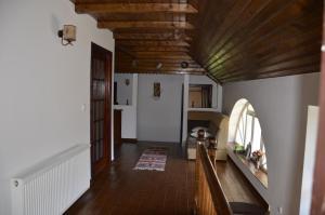 Rustic Argesean, Guest houses  Corbeni - big - 48