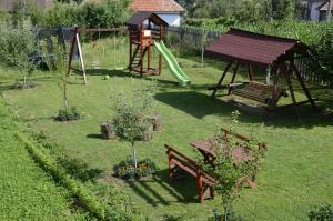 Rustic Argesean, Guest houses  Corbeni - big - 46