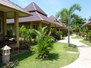 Double Room with Garden View Lanta Castaway Beach Resort