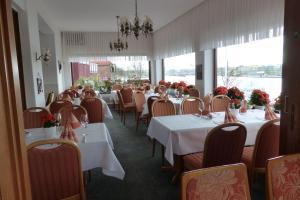 Hotel Waffenschmiede, Отели  Киль - big - 17