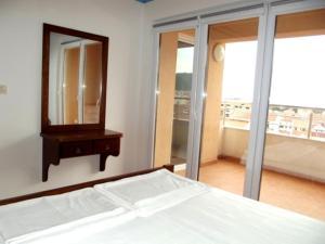 Apartments Solaris, Apartments  Budva - big - 83
