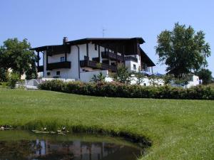 Kurhotel Würdinger Hof, Hotely  Bad Füssing - big - 1