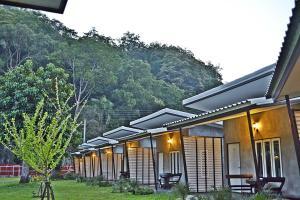 V Valley Resort - Ban Khlong Pak