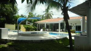 Casa Campestre El Peñon 5 Habitaciones, Aparthotels  Girardot - big - 21