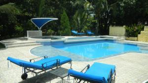 Casa Campestre El Peñon 5 Habitaciones, Aparthotels - Girardot