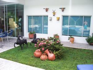 Casa Campestre El Peñon 5 Habitaciones, Aparthotels  Girardot - big - 29