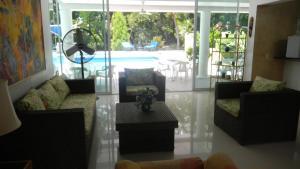 Casa Campestre El Peñon 5 Habitaciones, Aparthotels  Girardot - big - 31