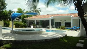 Casa Campestre El Peñon 5 Habitaciones, Aparthotels  Girardot - big - 32