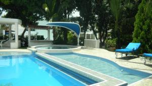 Casa Campestre El Peñon 5 Habitaciones, Aparthotels  Girardot - big - 34