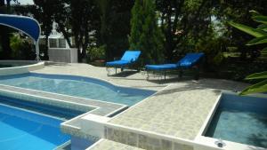 Casa Campestre El Peñon 5 Habitaciones, Aparthotels  Girardot - big - 35