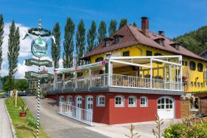 Gästehaus Krappinger/Pizzeria Mamma Mia