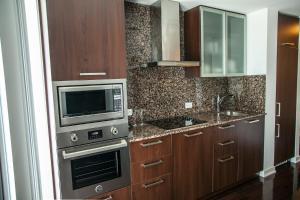 Corporate Ryan Suites York Street, Appartamenti  Toronto - big - 54