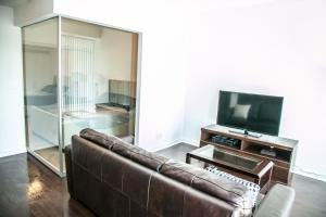 Corporate Ryan Suites York Street, Apartmány  Toronto - big - 8